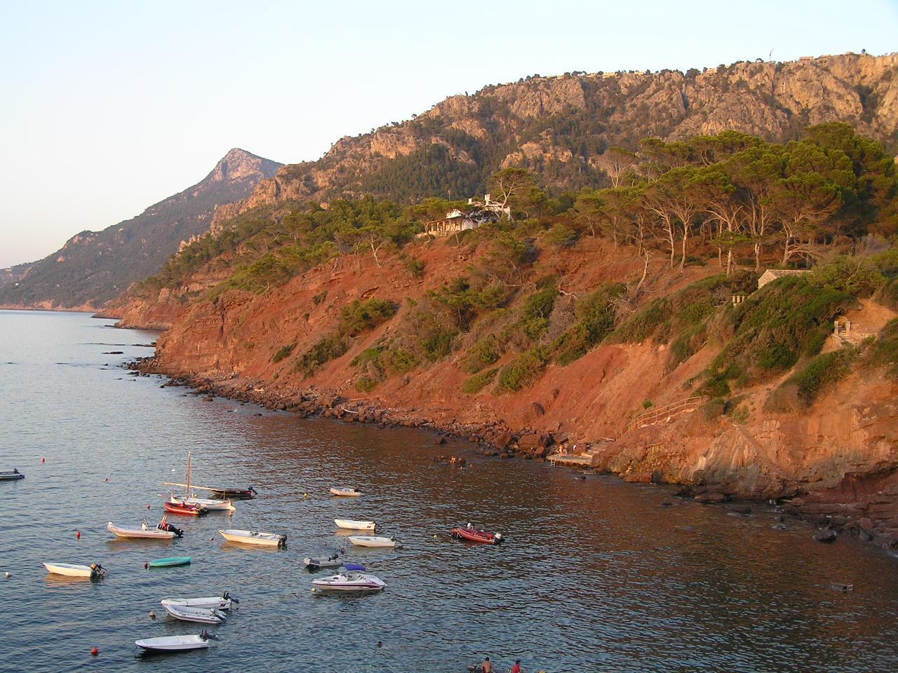 Foto playa Son Bunyola. Es Port des Canonge P8140482
