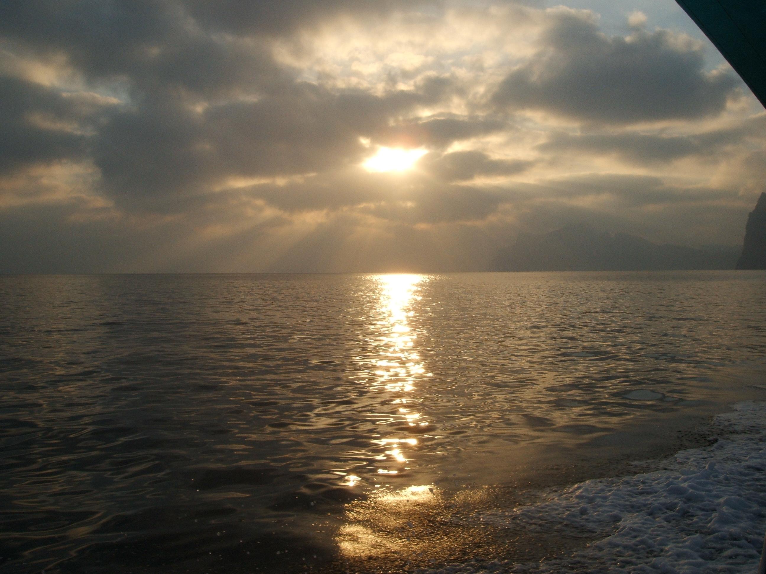 Foto playa Cala Castell. AMANECER EN CALA CASTELL.