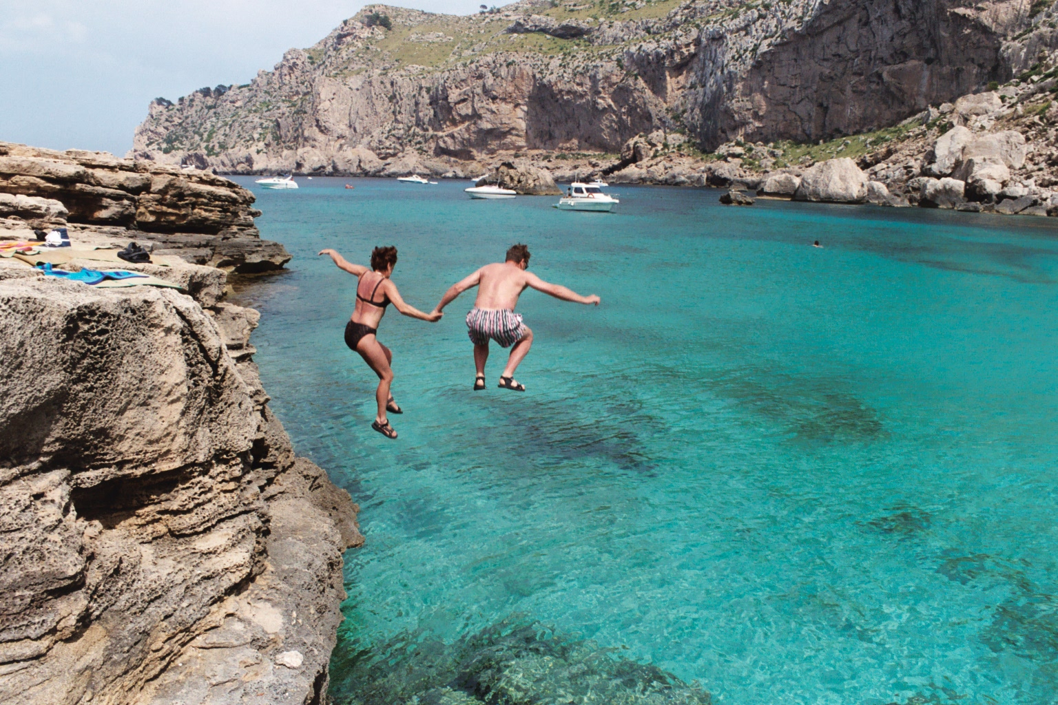 Foto playa Cala Figuera. JUMP !!!