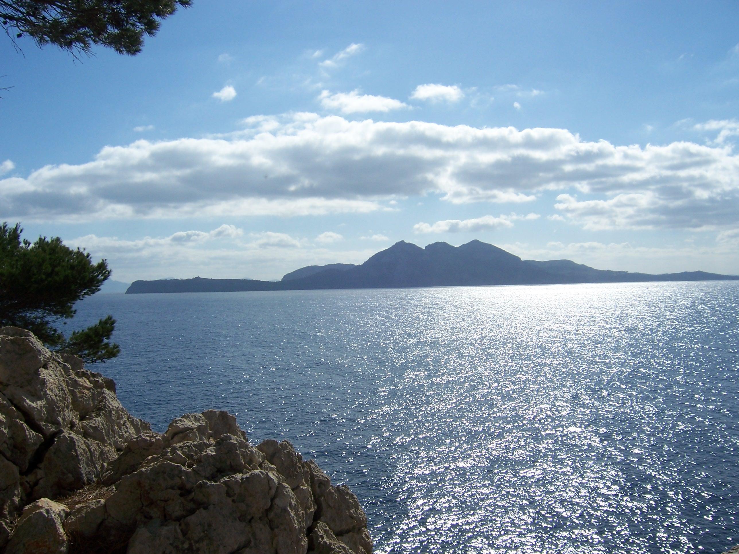 Foto playa Cala en gossalba. Cap Pinar desde el Mirador del Castellet, Cala Murta, Pollença