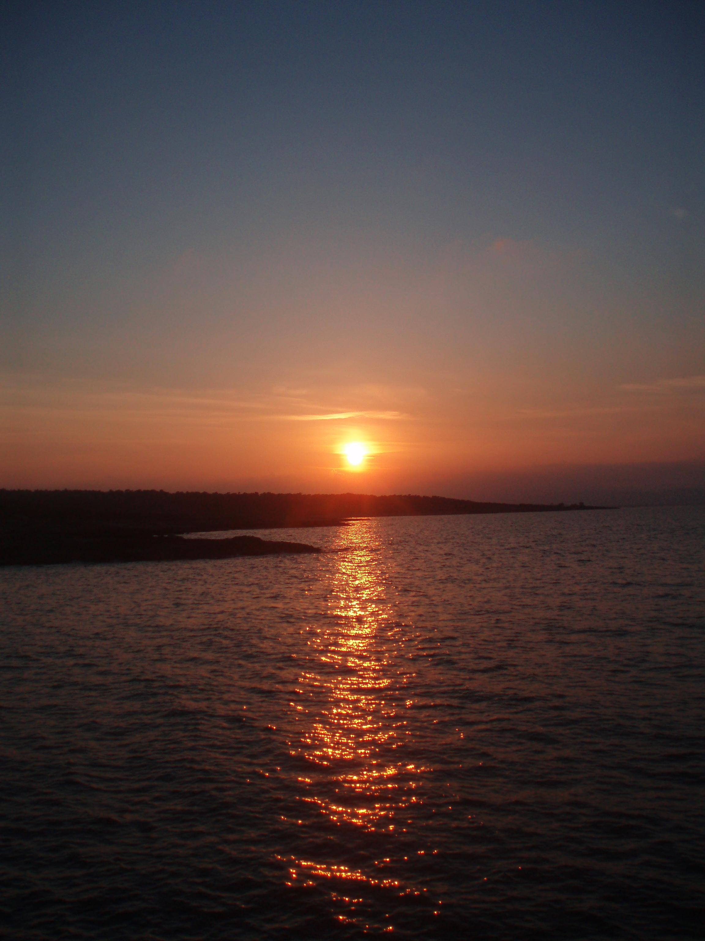 Foto playa Sa Cánova. posta de sol son real