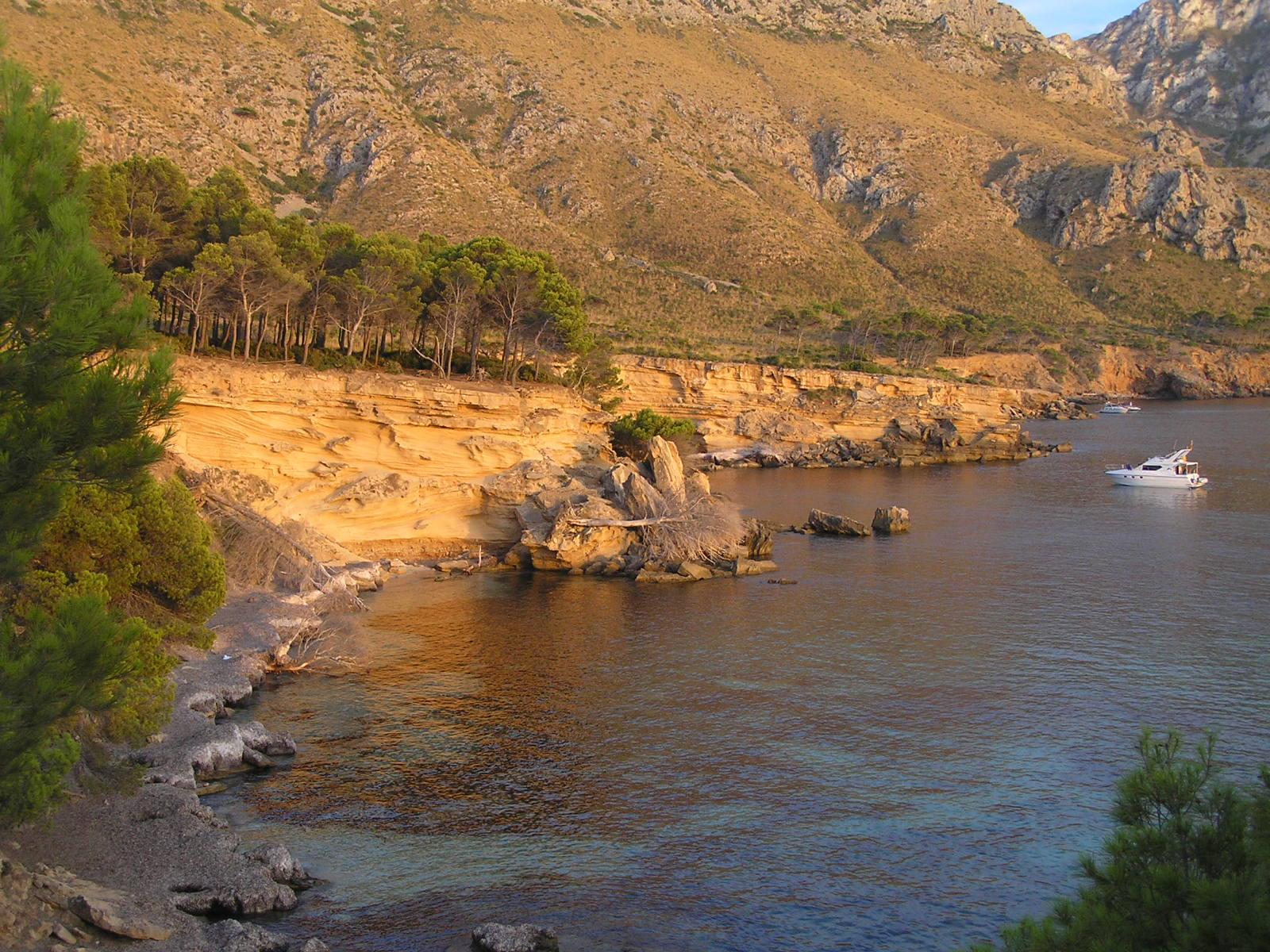 Foto playa Es Caló. Dunas fosiles de es Caló / Fossil sand dunes a Es Caló P8102898