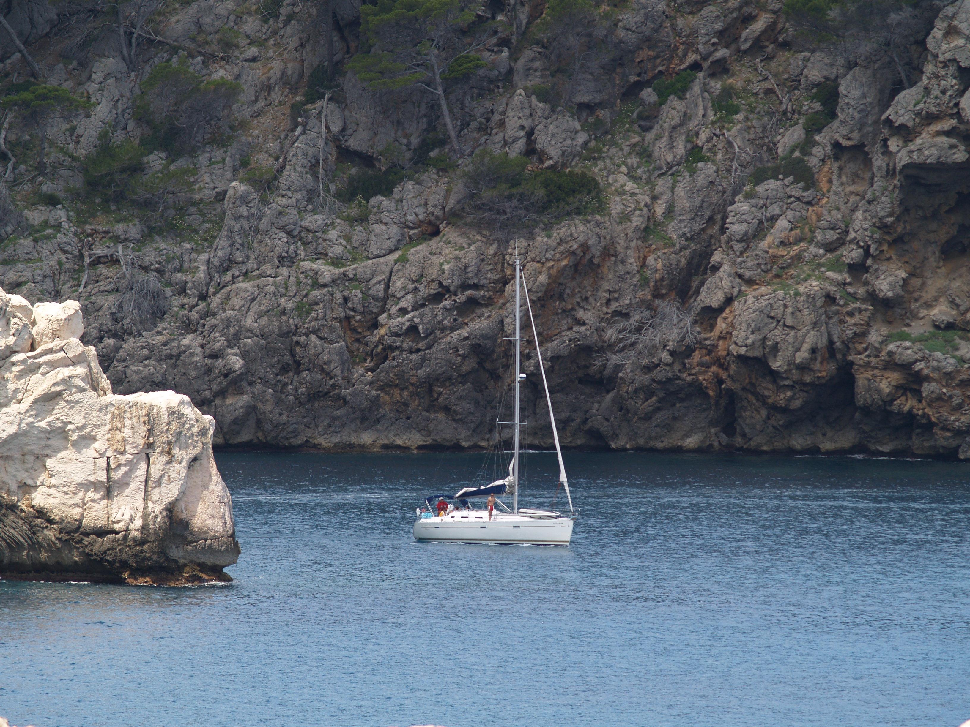 Foto playa Llucalcari. Hacia mar abierto.