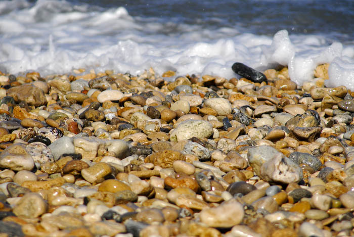 Foto playa Sant Joan. water stones