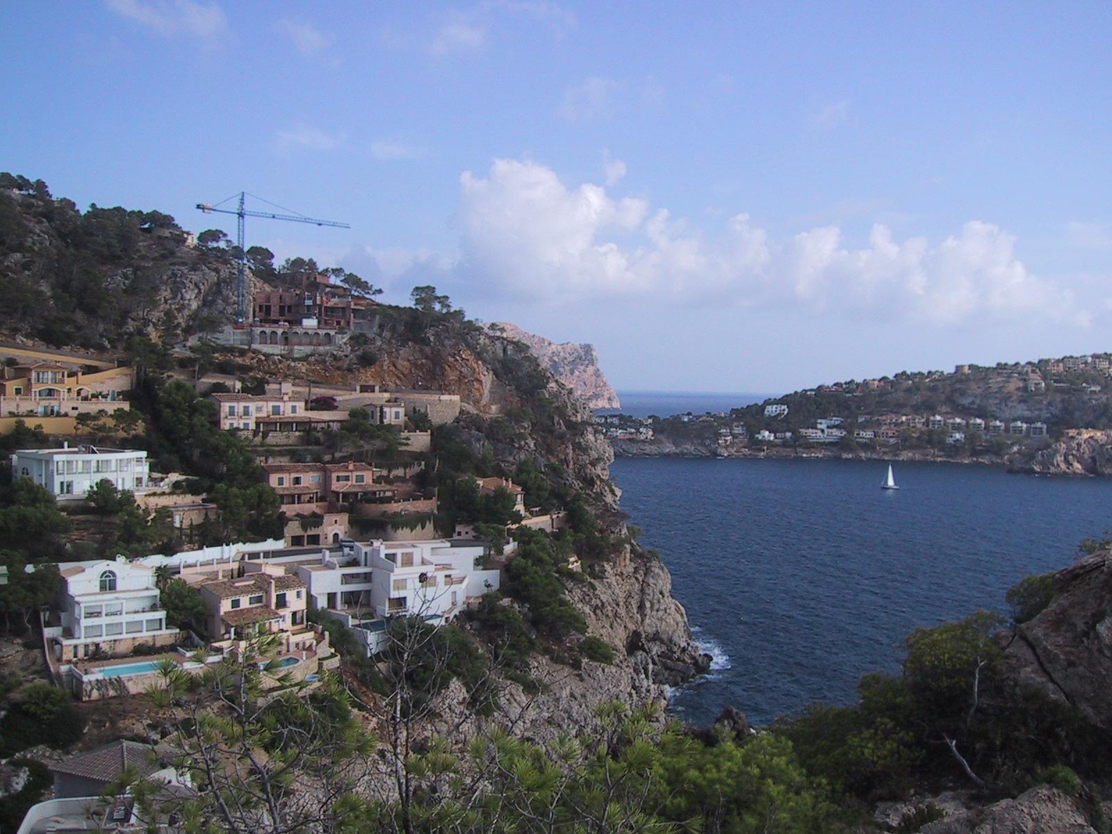 Foto playa Cala Egos / Caló de ses Egües. Cala Moragues - view of entrance to Port d´Andratx
