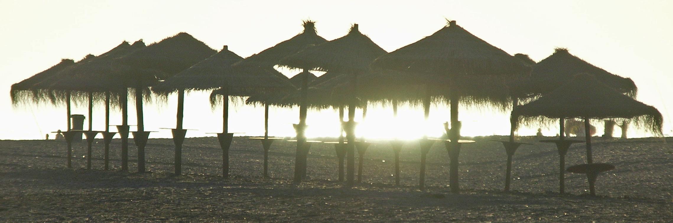 Foto playa Poniente / Pelaillo. Playa Granada