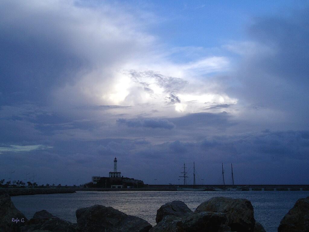 Foto playa Punta de Baix. Se forma la tormenta