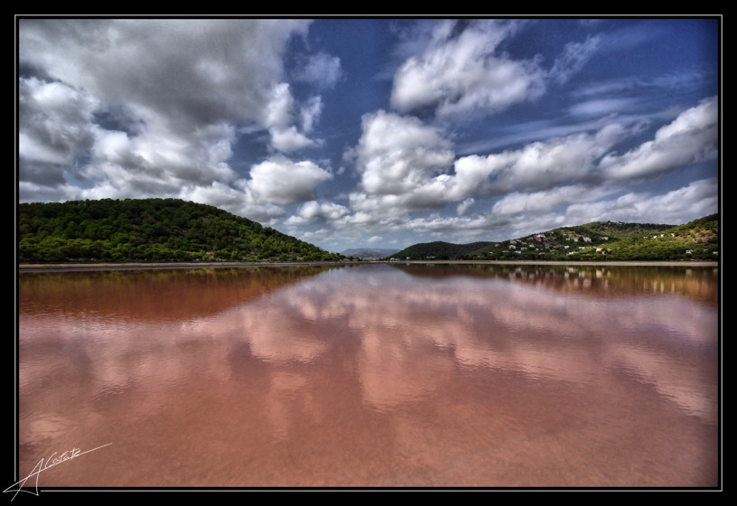 Playa Ses Salines / Mitjorn