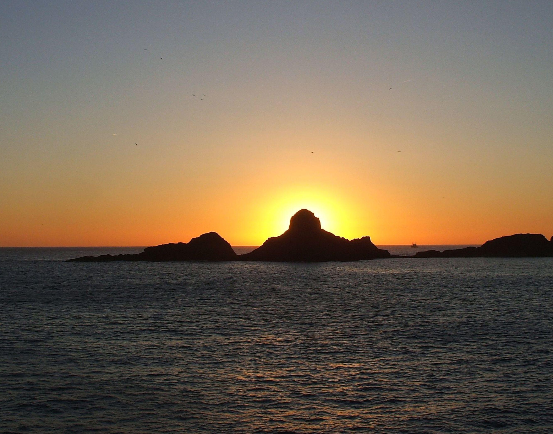 Foto playa Errota Sein / Molino. DIED WHEN THE MOON,COMES THE SUN / CUANDO MUERE LA LUNA,NACE EL SOL