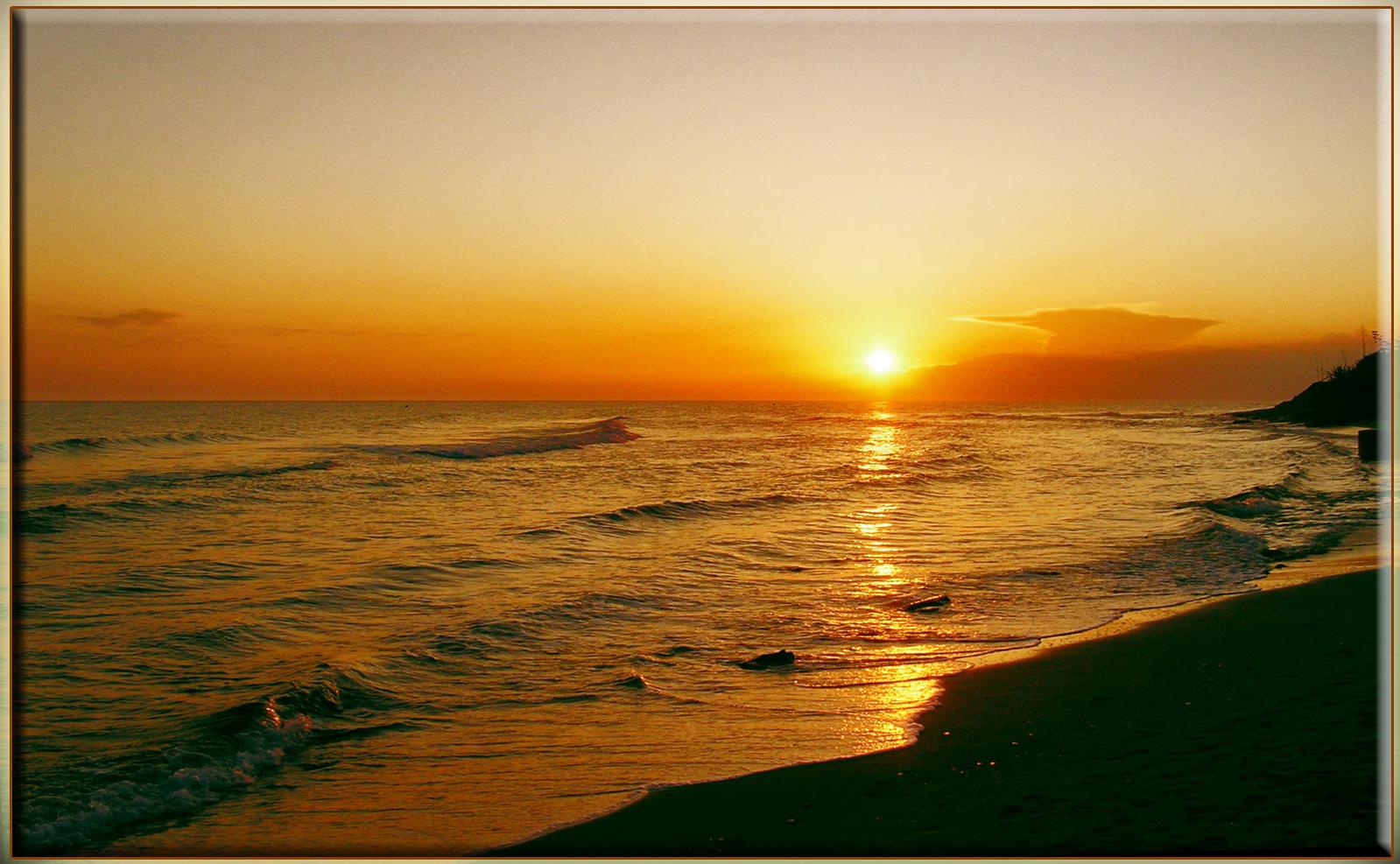 Foto playa Ea. LO QUE QUEDA DEL DÍA