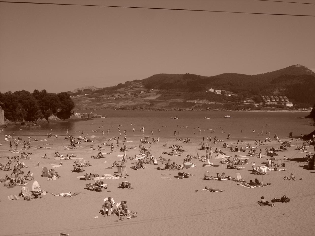 Foto playa Laidatxu. MUNDAKA JUL
