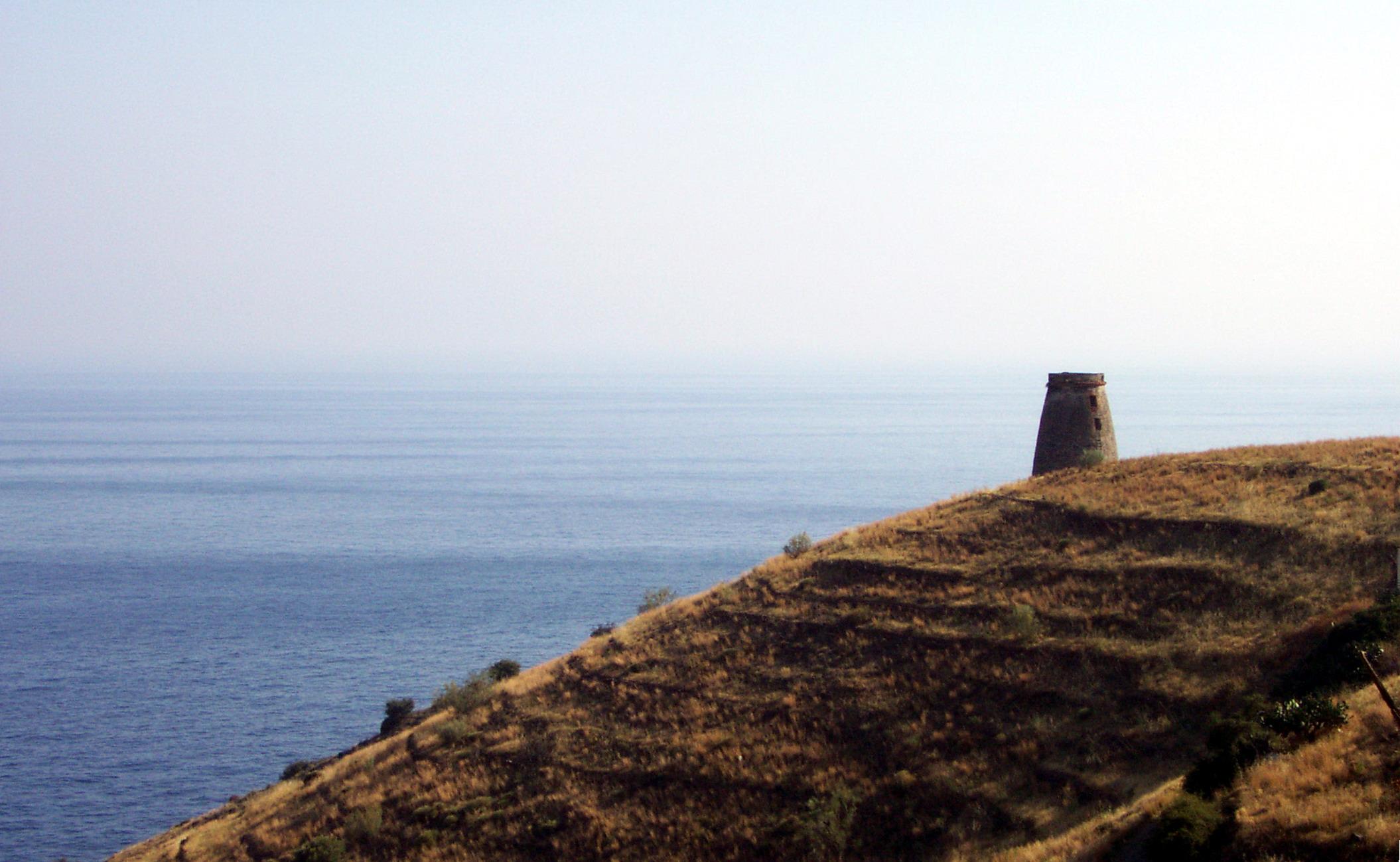 Foto playa Barranco de Enmedio. Almuñécar - Torre del Diablo