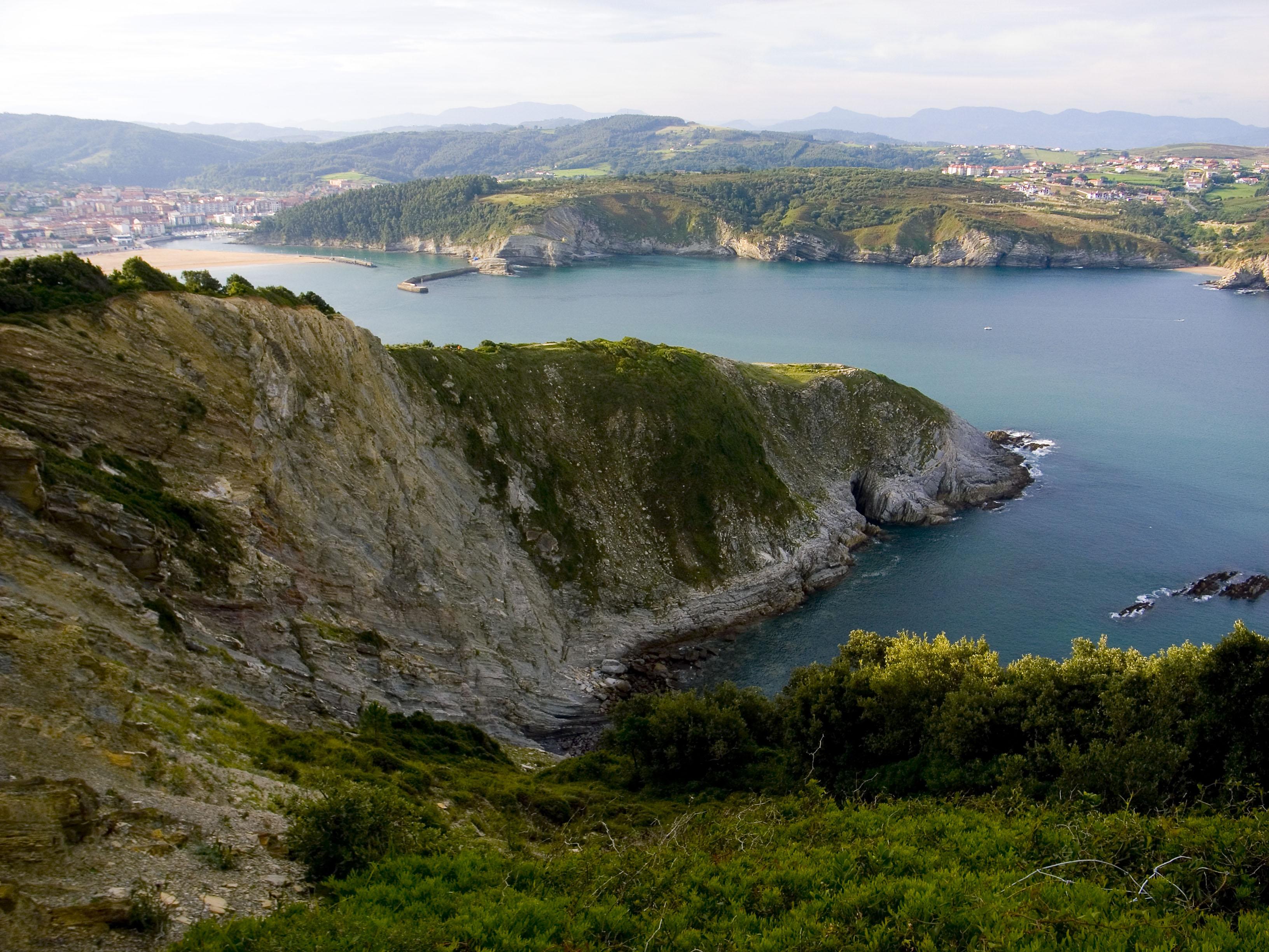 Foto playa Gorliz. Vista de Plentzia y Barrika