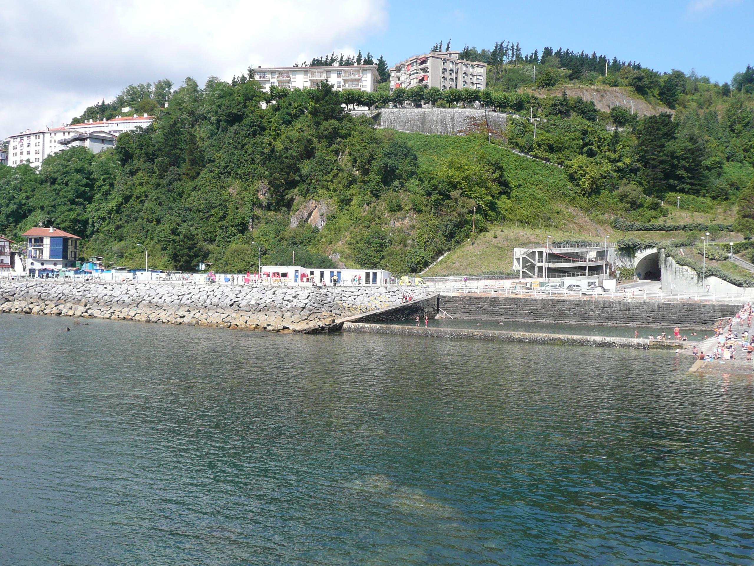 Foto playa Burumendi / Hirugarren hondartza. piscina marina  Mutriku (guipuzcoa)