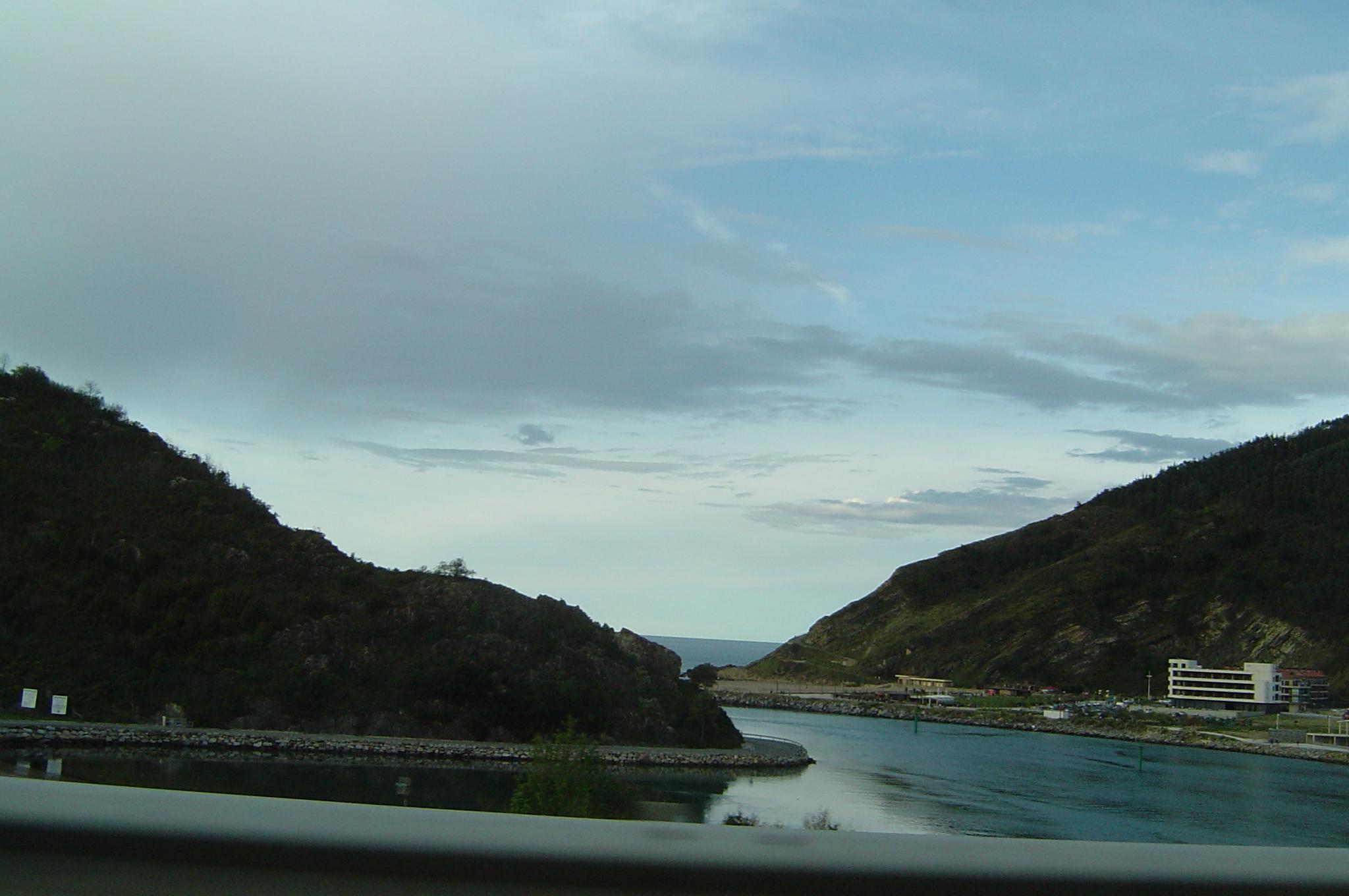 Foto playa Catro Cordas / Aduana. Orio desde la autopista