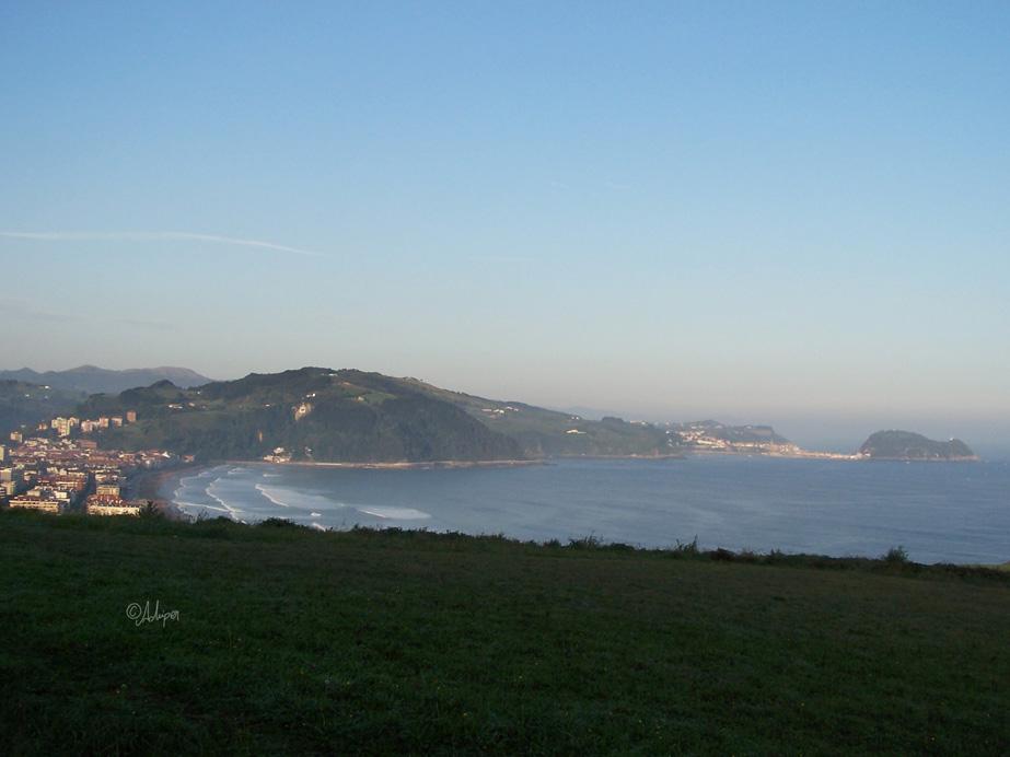 Foto playa Catro Cordas / Aduana. Vista de Zarautz - Getaria (Achiper)