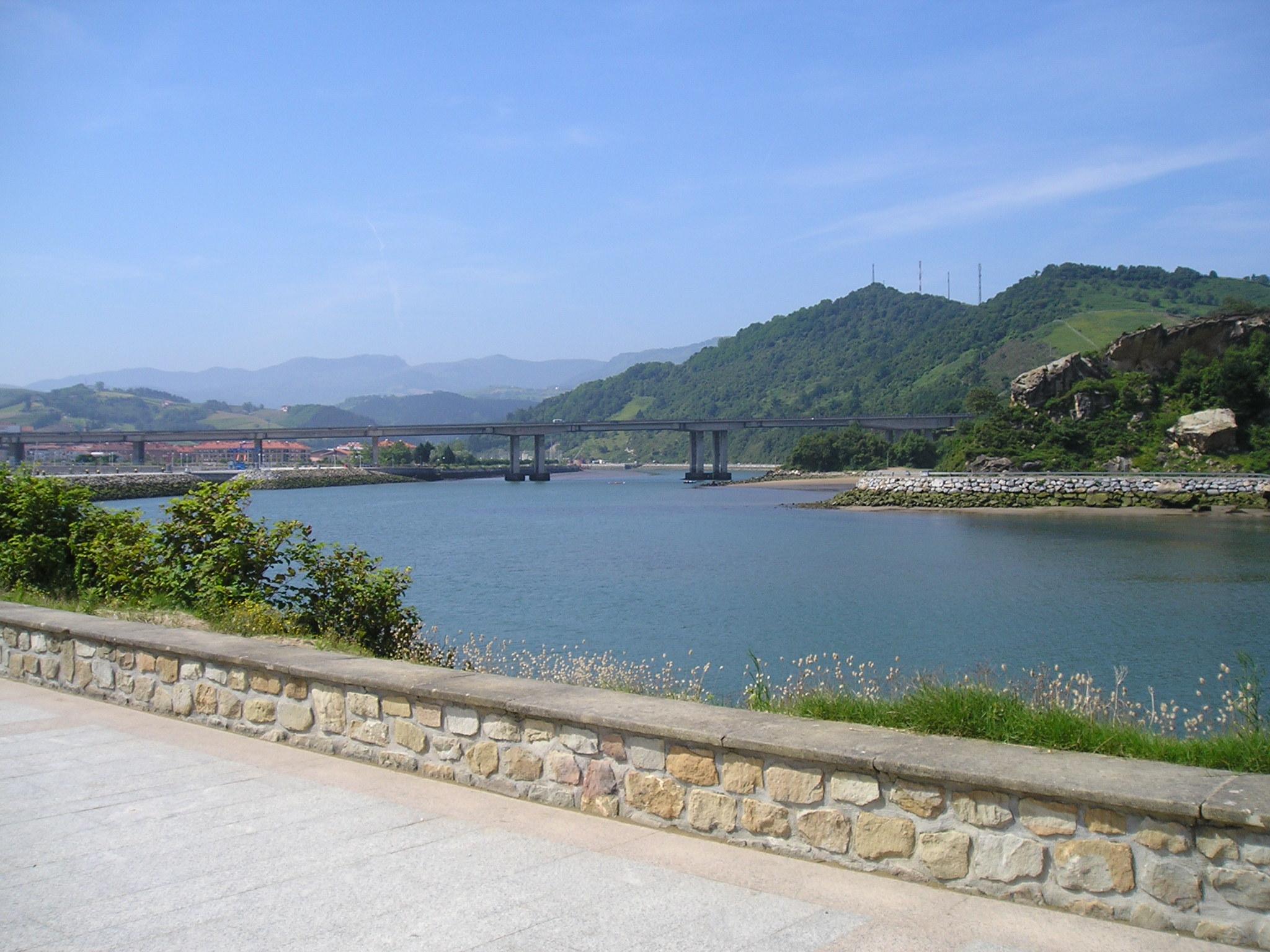 Foto playa Antilla / San Juan. Puente Autovia