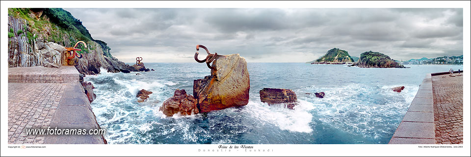Foto playa Ondarreta. Panorama - Peine de los vientos