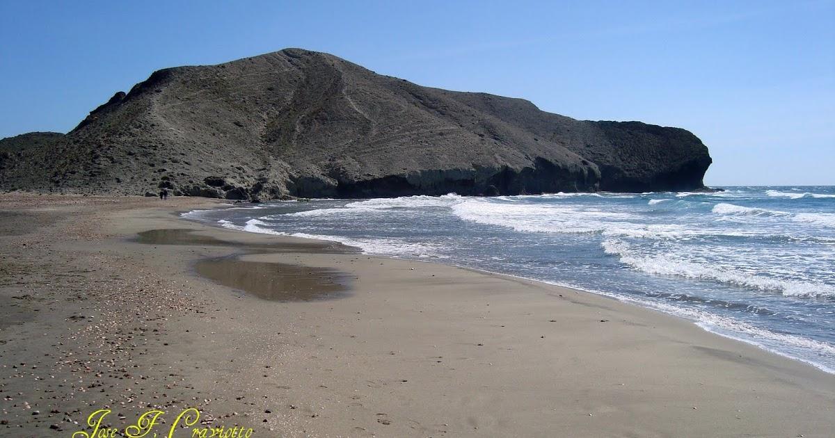 Foto playa Cala de la Media Luna.