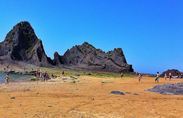 Foto playa Saturrarán.