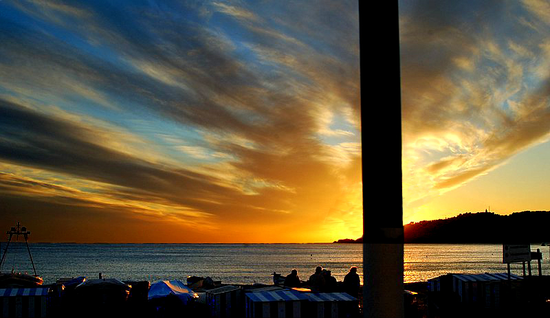 Foto playa San Cristóbal / La China. Puesta de sol en Almuñécar