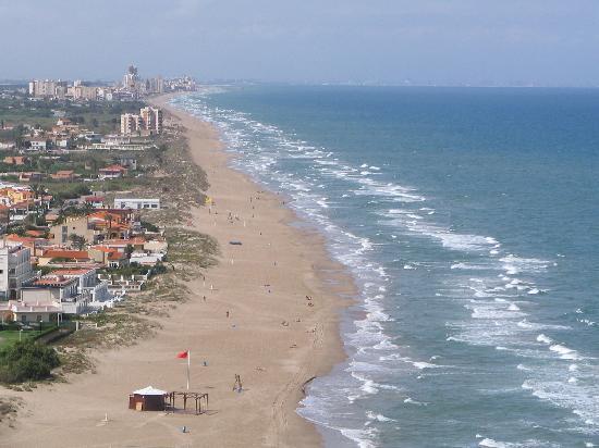 Playa Los Olivos / L´Illa