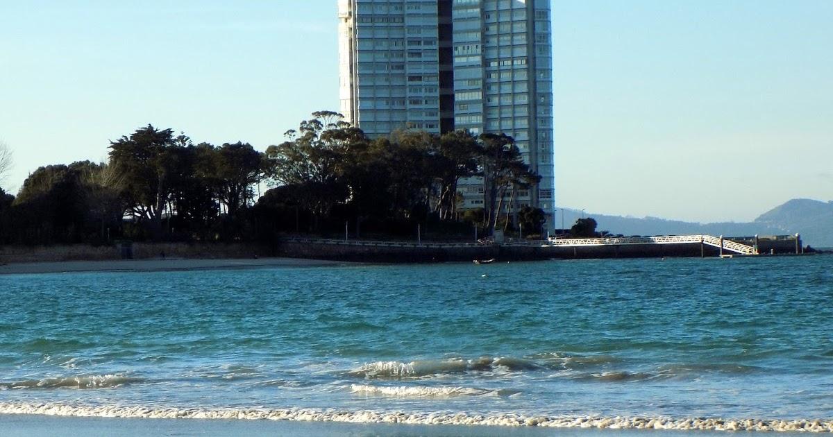 Playa Fontaíña / A Sirenita