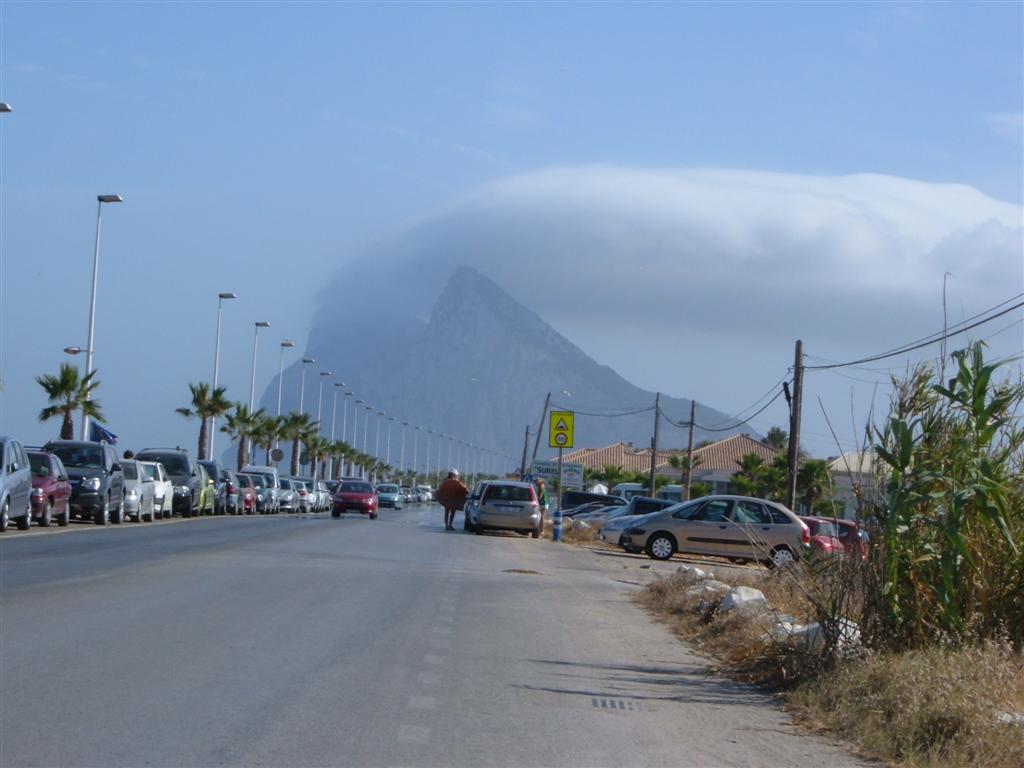 Foto playa El Burgo / Torrenueva. The Rock