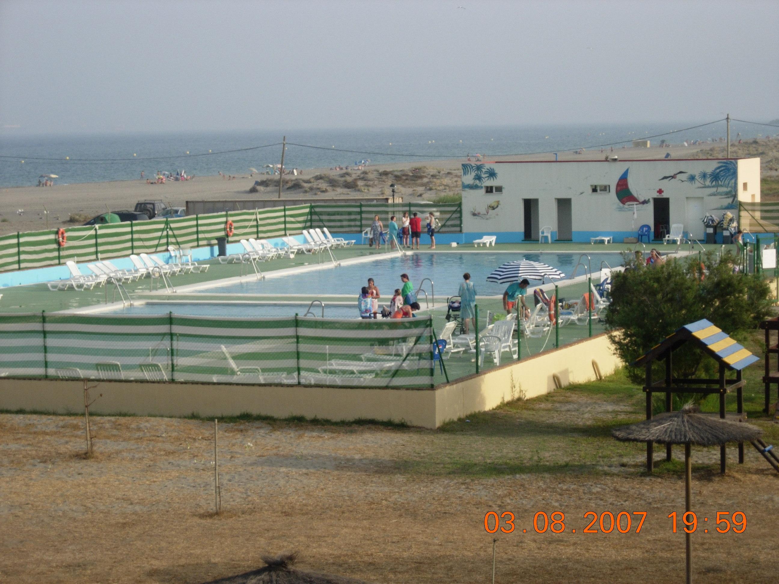 Foto playa La Atunara / Sobrevela. Piscina Residencia Tiempo Libre La Linea de la Concepción