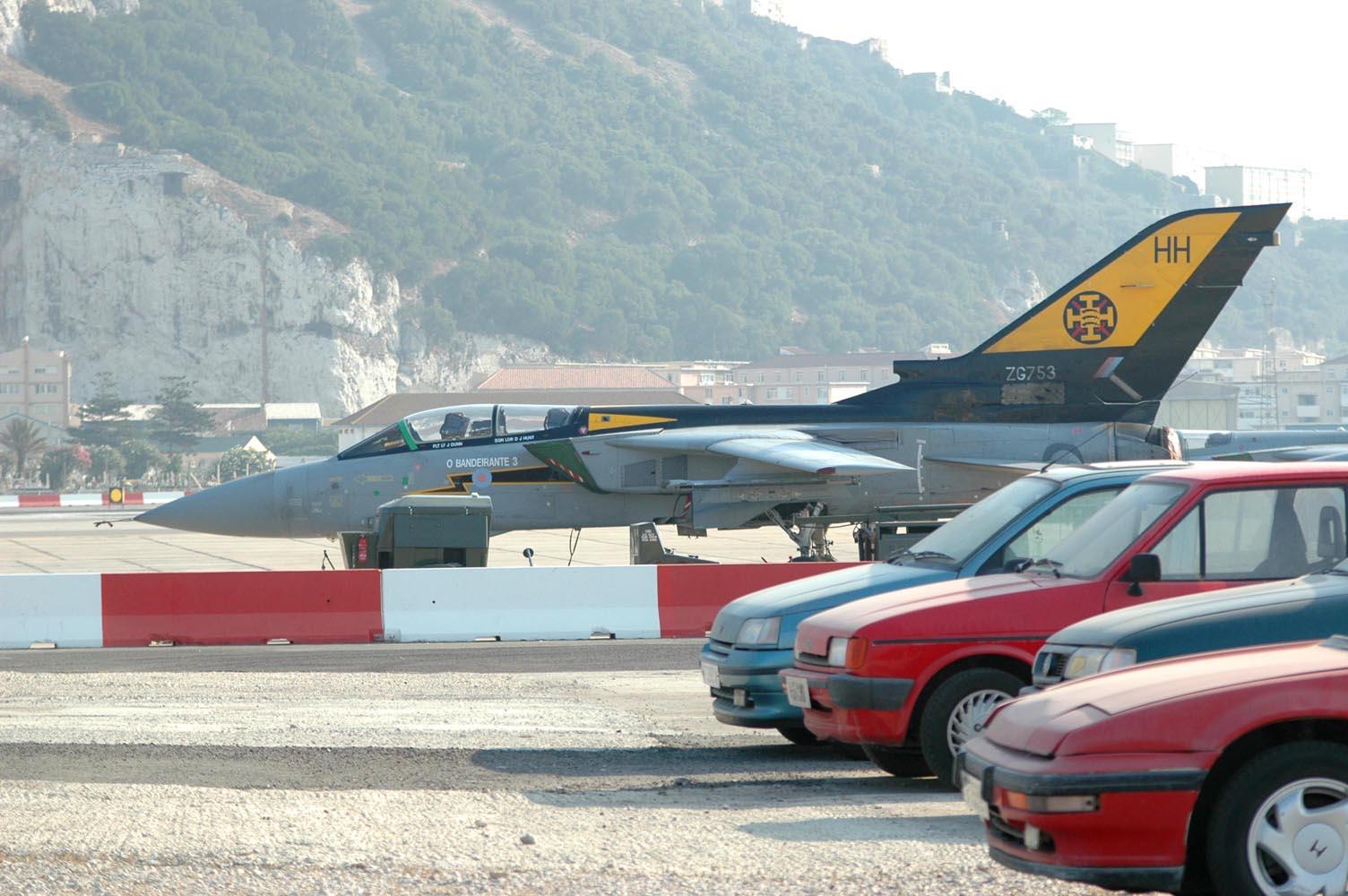 Foto playa Playa de Levante / Santa Bárbara. Parking - Gibraltar