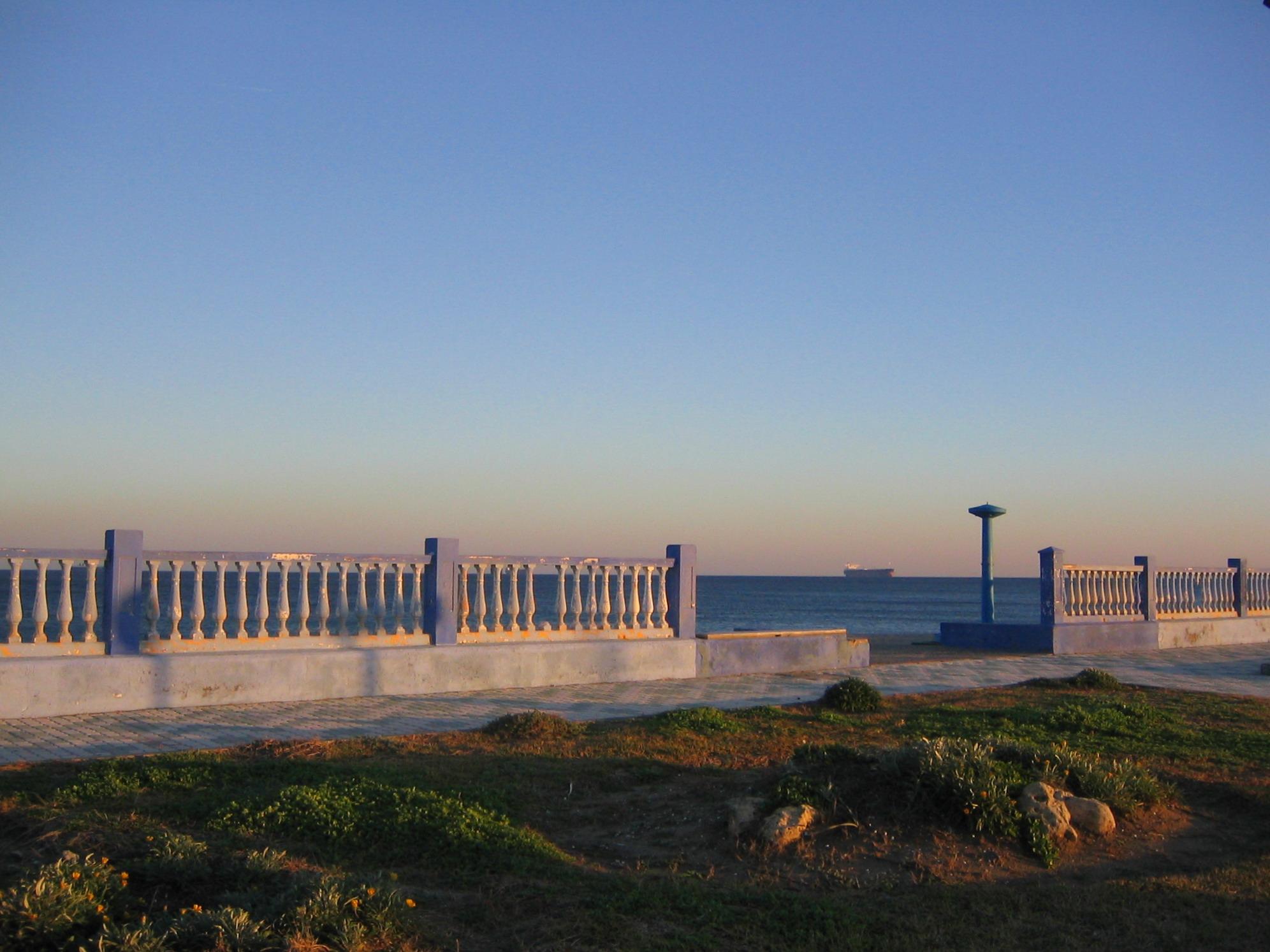 Foto playa Playa de Levante / Santa Bárbara. Sea view towards Morocco