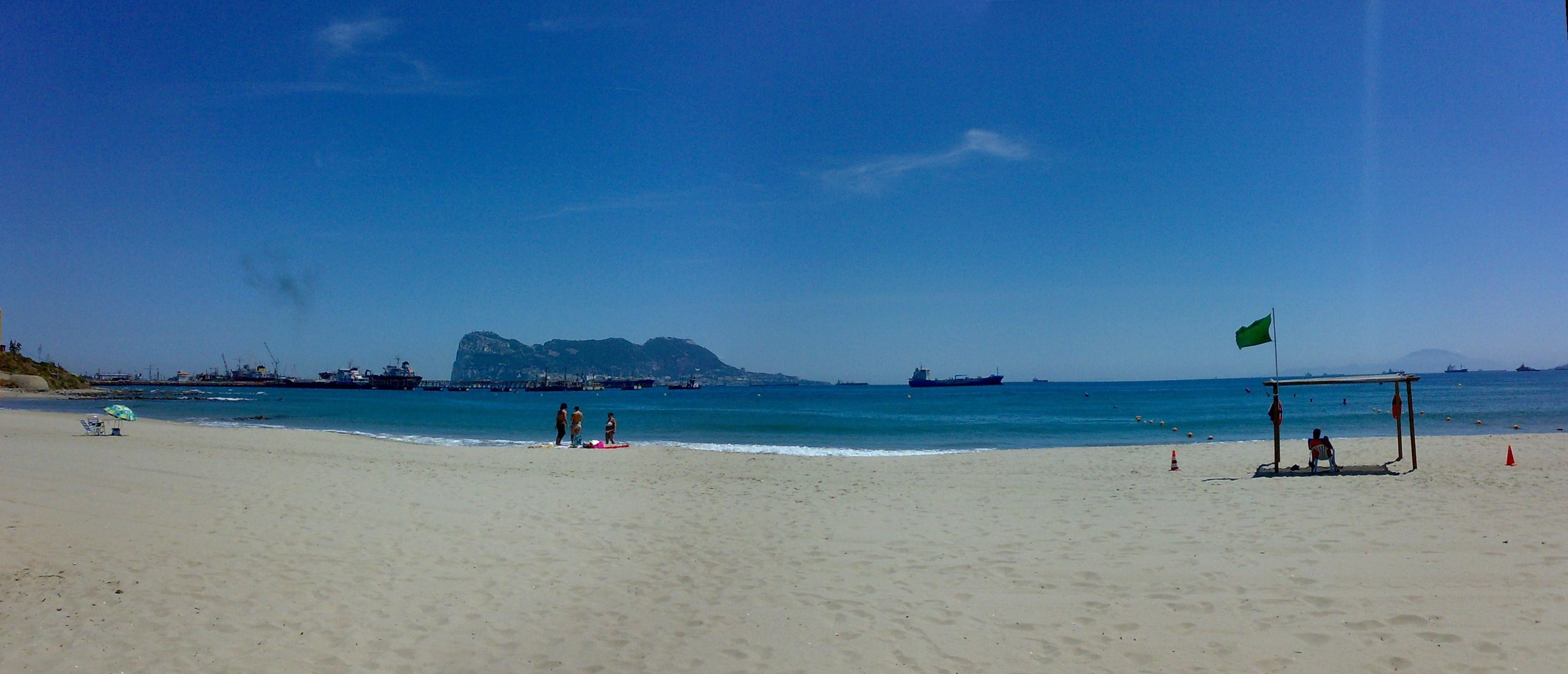 Foto playa Guadarranque. Playa Guadarranque