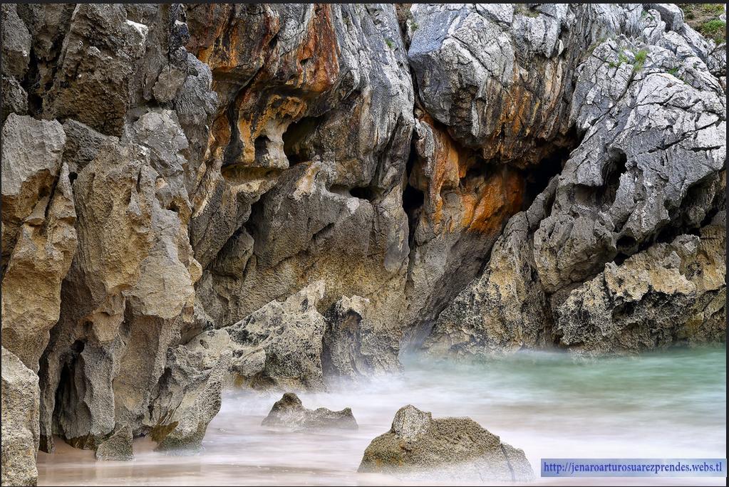Foto playa Cueva de la Arena.
