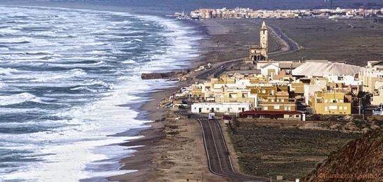 Foto playa Almadraba.