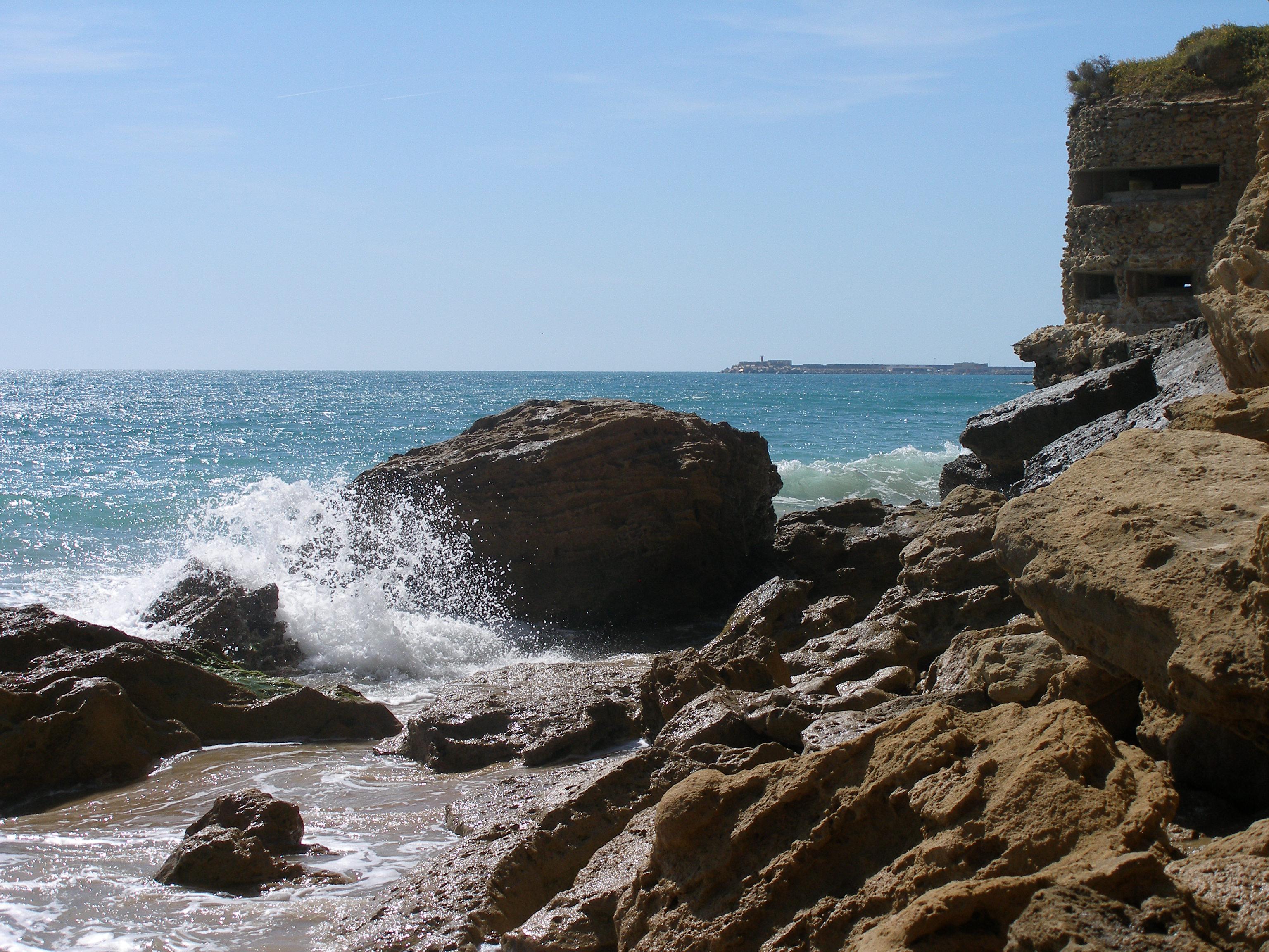 Foto playa Calas del Quinto y Camacho. bunker de conil