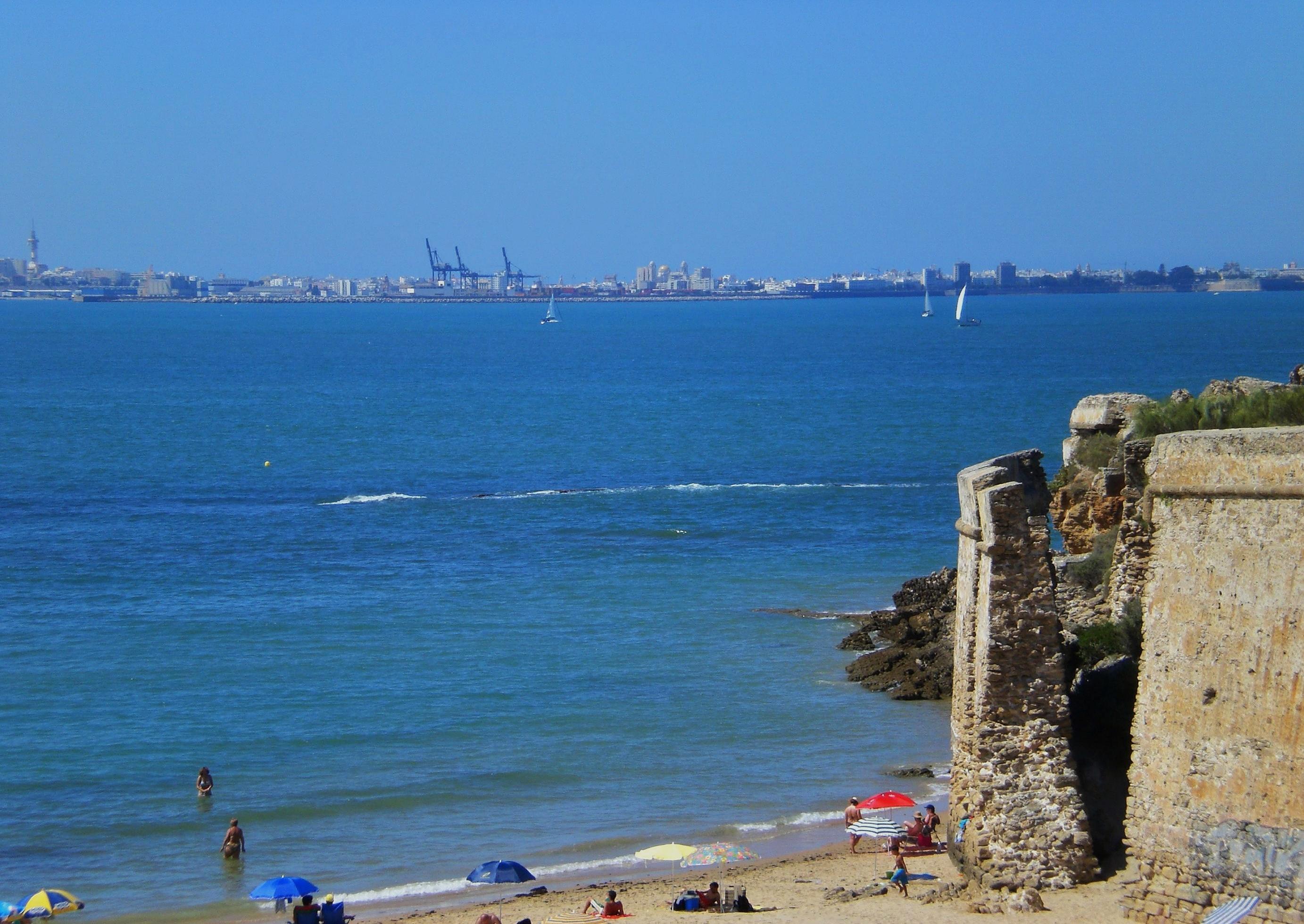 Foto playa La Calita. Playa de **_La Muralla_**