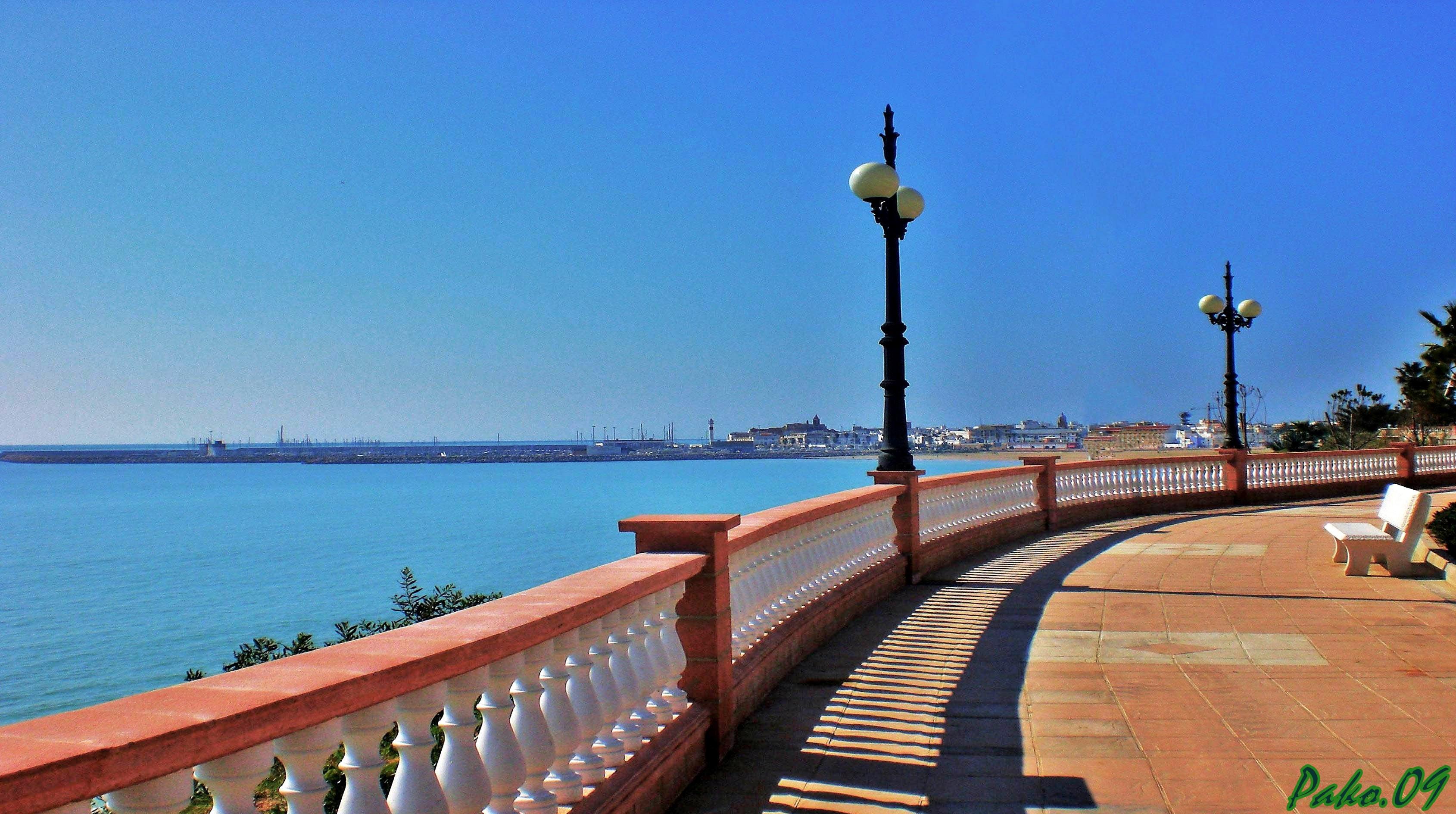 Foto playa El Rompidillo / El Chorrillo. _Paseo maritimo (Cruz del Rompido) Rota_.