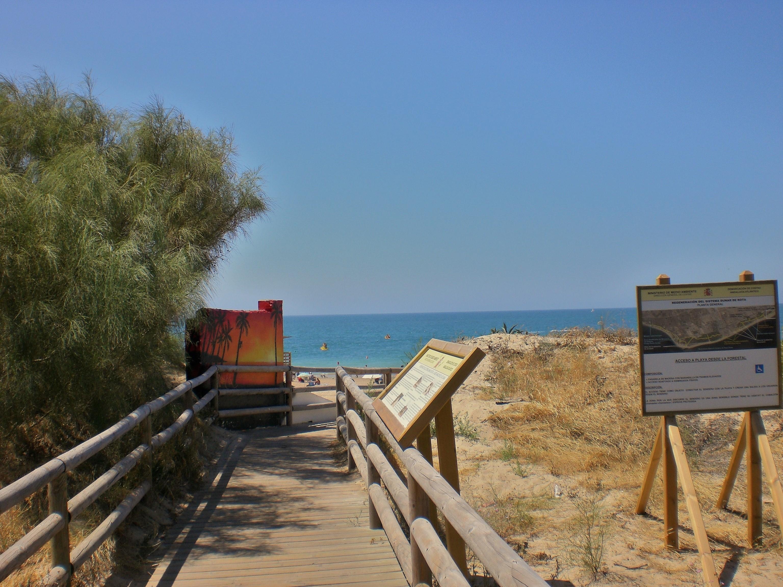 Foto playa Piedras Gordas / Los Corrales. como llegar a una playa sin dañar el medio ambiente.