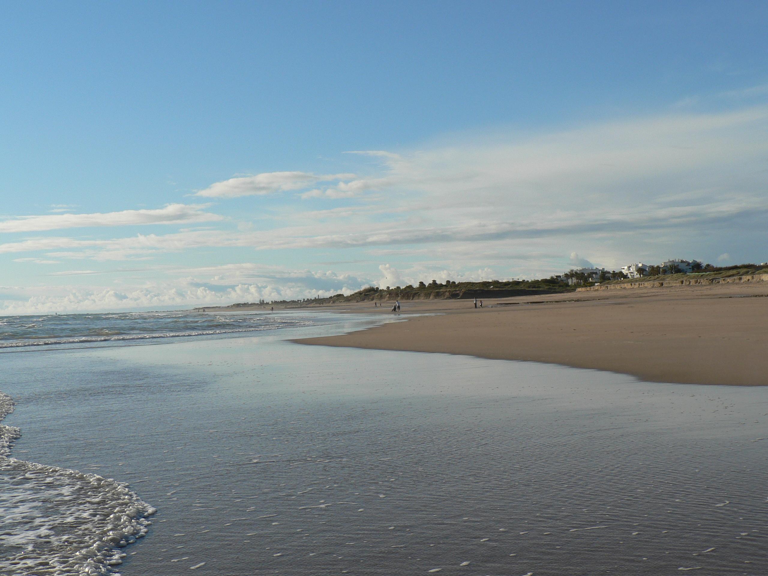 Foto playa Aguadulce / Peginas. Playa Costa Ballena