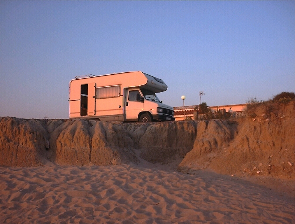 Foto playa Aguadulce / Peginas. Old Costa Ballena  - low season - old RV