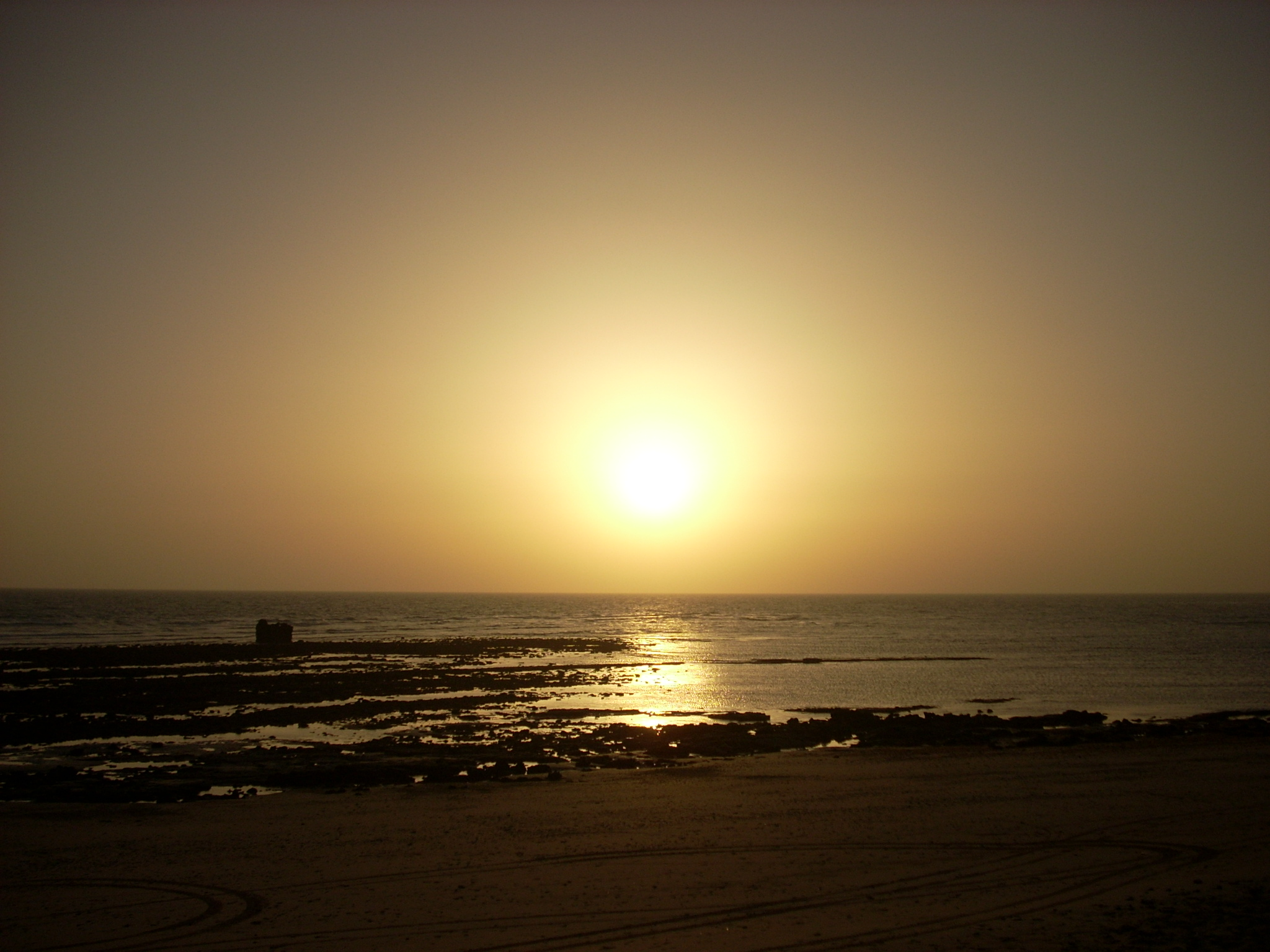 Foto playa Aguadulce / Peginas. Atardece en Aguadulce