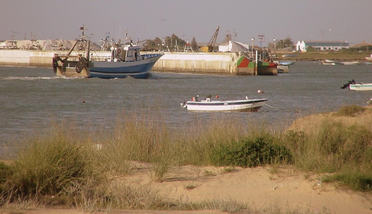 Foto playa Bonanza. Entrada a Puerto pesquero