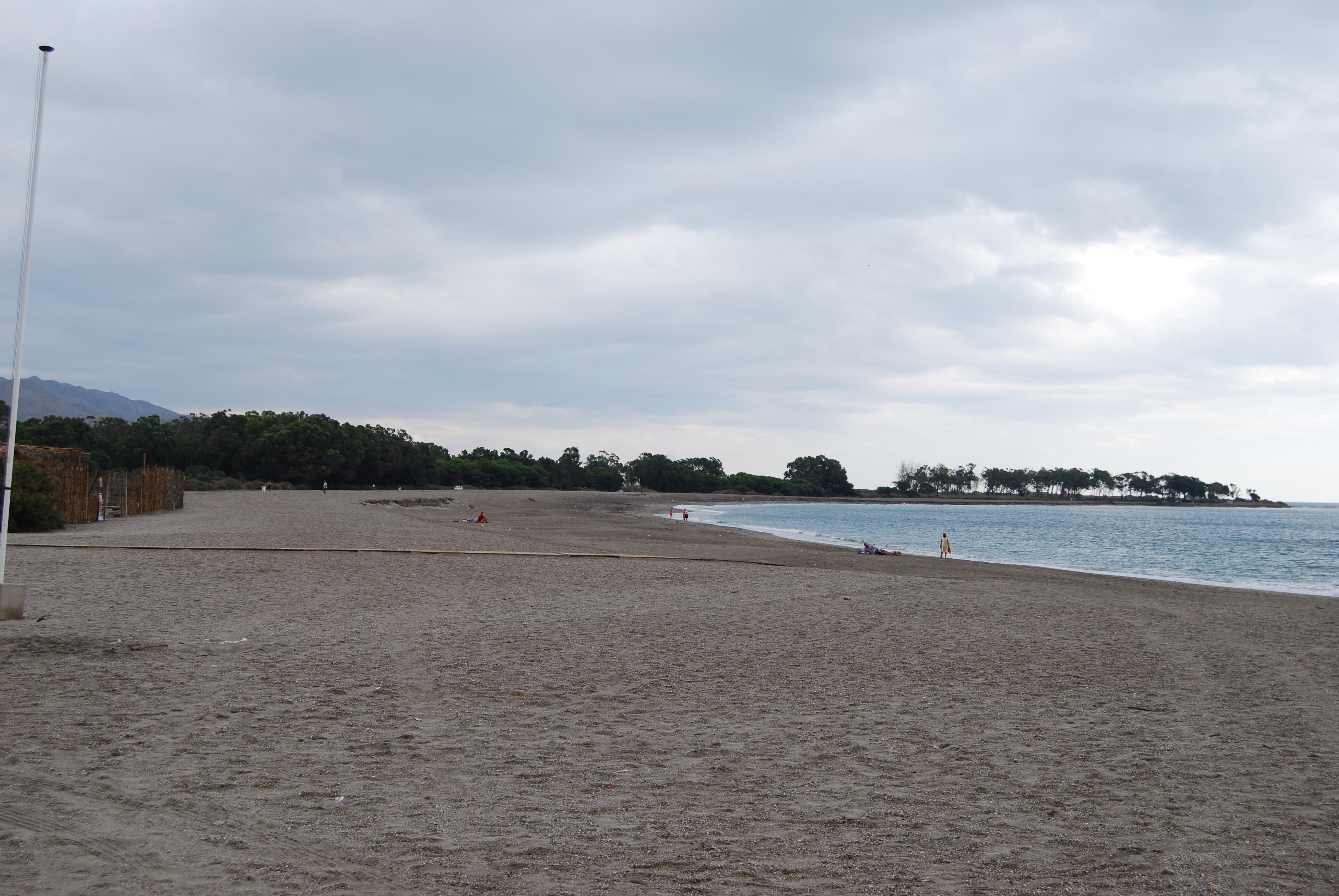 Foto playa Fábrica del Duro. playa de Palomares, o quitapellejos.