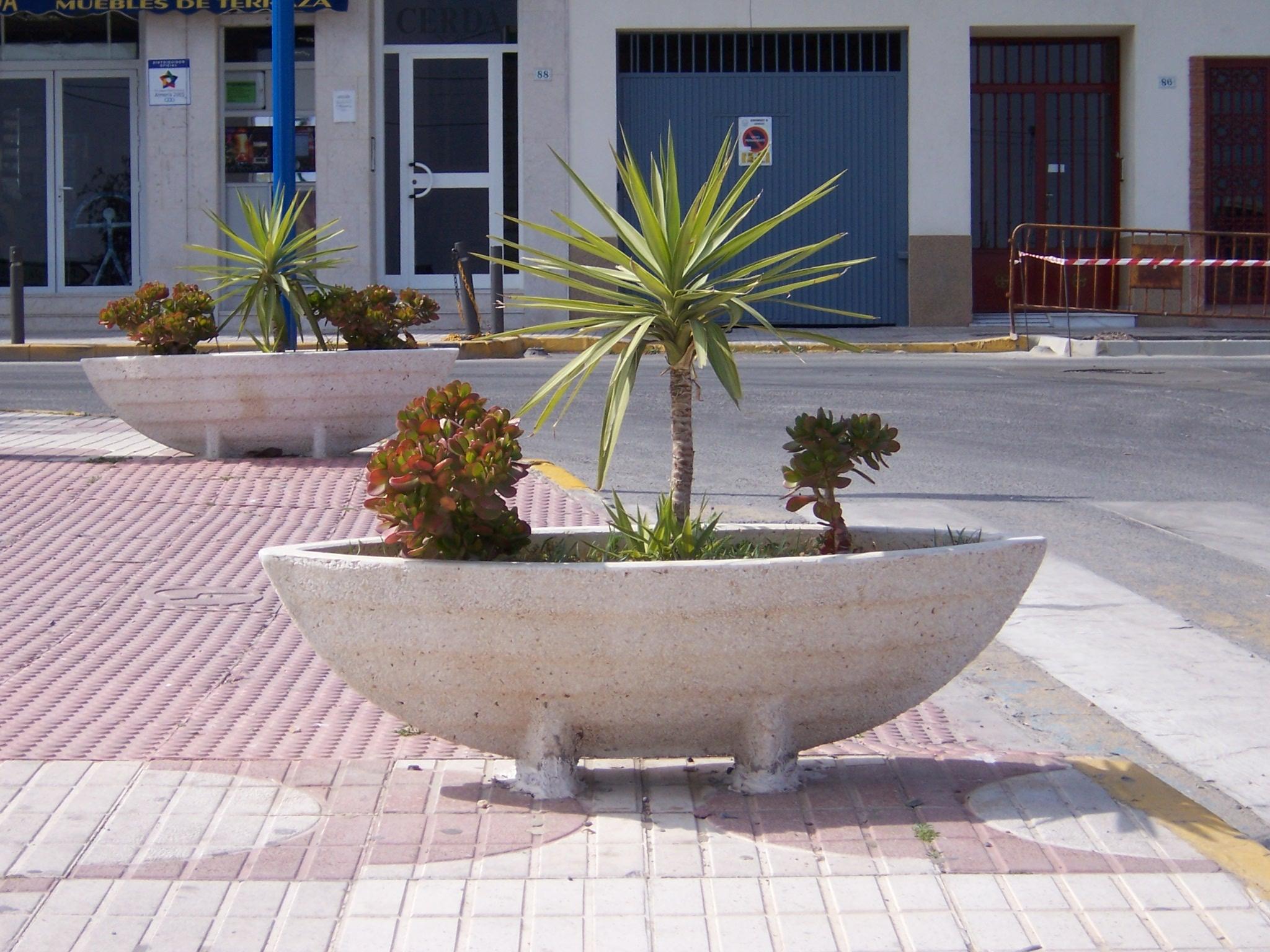 Foto playa Garrucha / Las Escobetas. barquitos para plantas