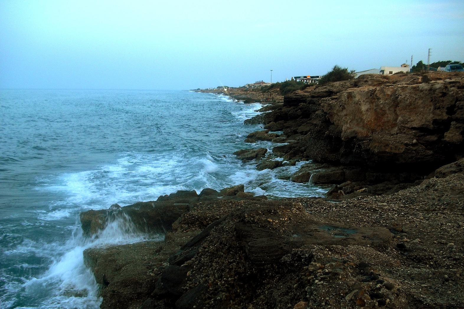 Foto playa Garrucha / Las Escobetas. Olas al atardecer en la costa de Garrucha