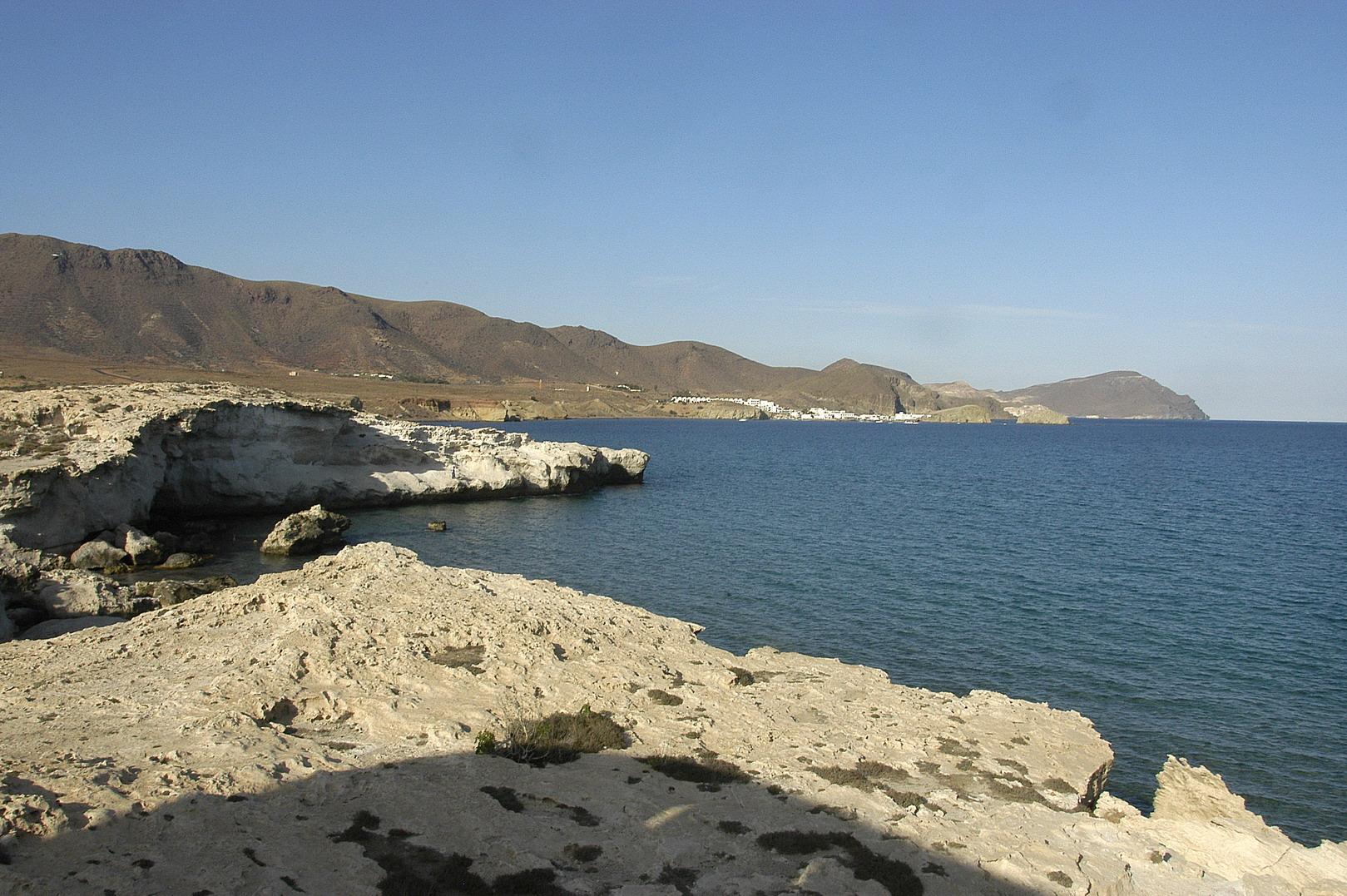 Foto playa El Arco / Los Escullos. Isleta del Moro, desde Los escullos