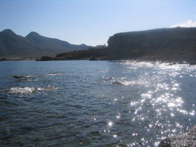 Foto playa El Embarcadero / El Esparto. Escullos
