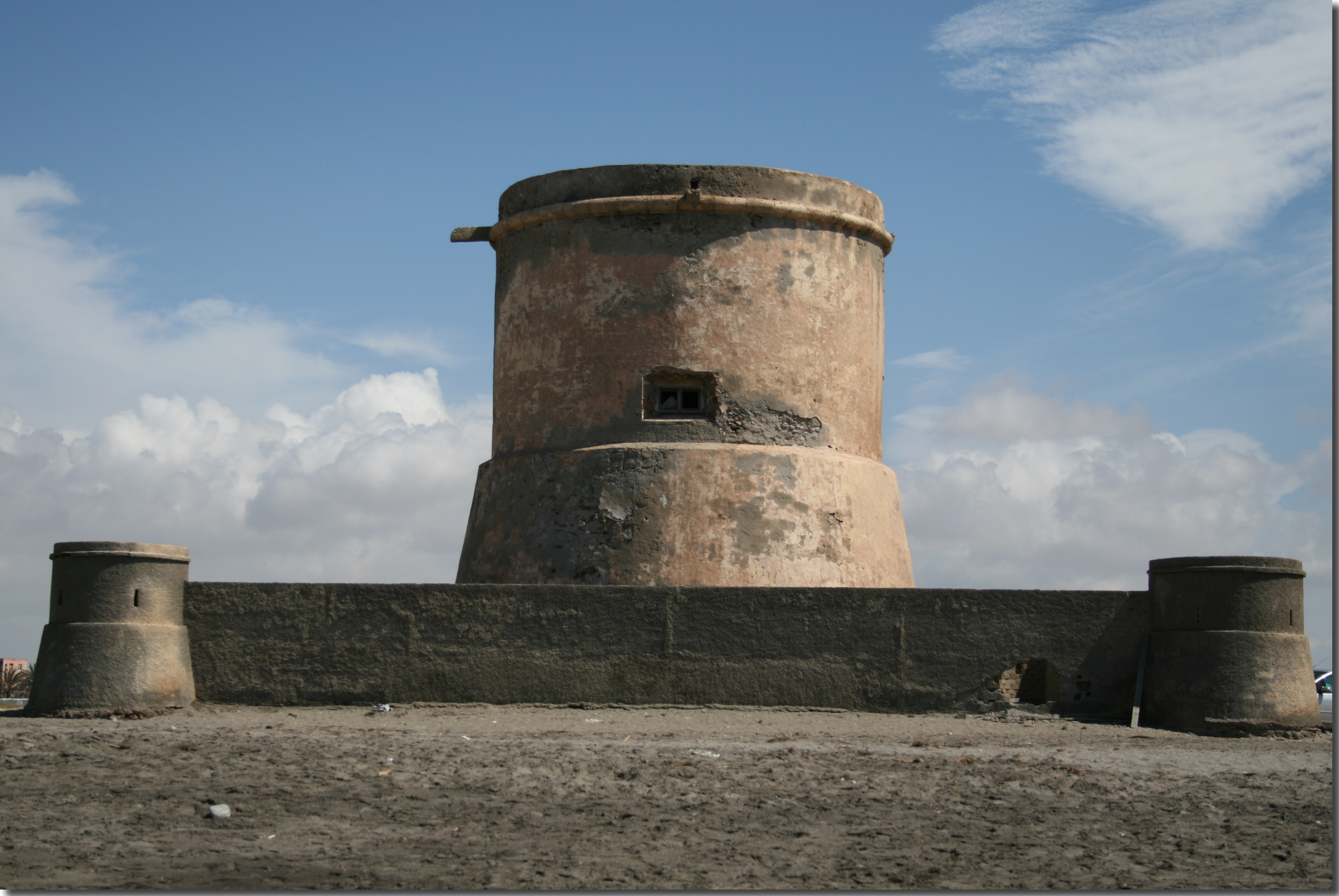 Foto playa Las Salinas de Cabo de Gata. Torre de San Miguel, Cabo de Gata