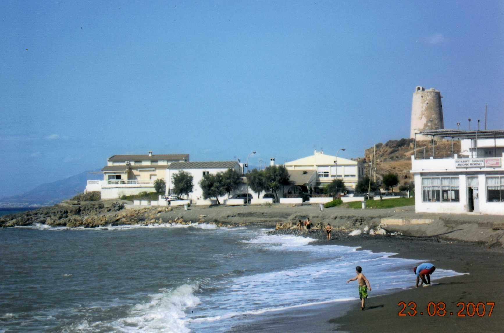 Foto playa Fábrica del Cemento. La Araña