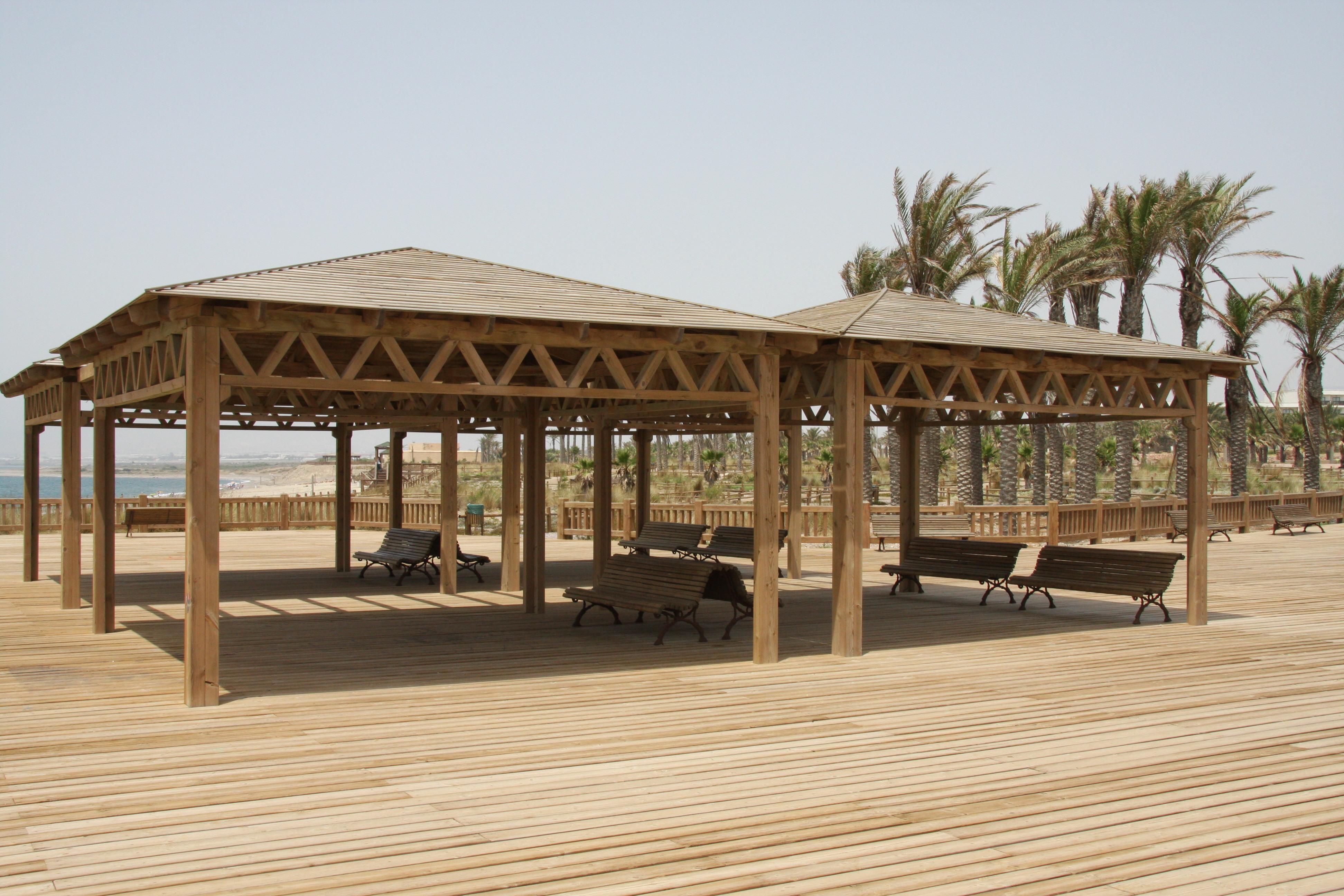 Foto playa El Toyo. Merenderos.El Toyo (Almeria)